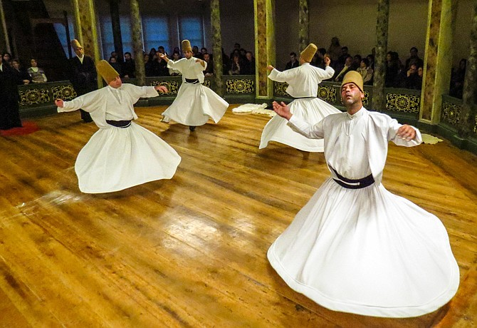 Whirling_Dervishes_courtesy_The_Dialog_Institute_web_t670